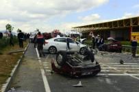 DÜŞÜNÜR - Otomobil İkiye Ayrıldı Açıklaması 1 Ölü, 3 Yaralı