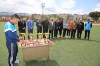 MEHMET AKİF ERSOY - Şampiyon Öğrencilere Ödül Töreni
