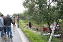 SAĞLIK EKİBİ - TIR İle Çarpışan Kamyonette Can Pazarı Açıklaması 1 Ölü, 5 Yaralı