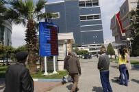 İLLER BANKASı - Akdeniz Belediyesi'nin Gelir-Gider Tablosu Işıklı Panoda
