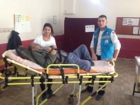 SAĞLIK PERSONELİ - Akyazı'da 47 Hasta Sandığa Götürülerek Oy Kullandırıldı