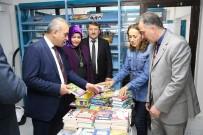Altınordu Belediyesinden Kütüphaneye Kitap Bağışı