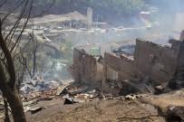 Artvin'de Tarihi Köyde Yangın
