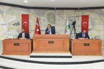 MECLİS BAŞKANLIĞI - Başkan Uğur, Büyükşehir Çalışmalarını Anlattı
