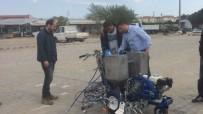 Burhaniye'de Yollar Ve Bordürler Pırıl Pırıl Boyanıyor