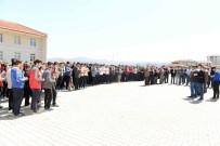 TURGAY HAKAN BİLGİN - Kalp Krizi Sonucu Hayatını Kaybeden Öğrenci Okulunda Anıldı