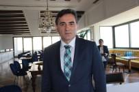 Kosovalı Bakanın Referandum Sevinci