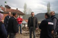 SULUCA - Tosya Kaymakamı Pişkin, Evi Yanan Aileyi Ziyaret Etti