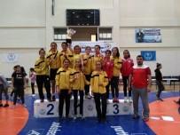 GÜREŞ - Turhal Güreşseverler Kulübü Güreş Şampiyonasında Türkiye İkincisi Oldu