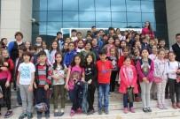 PAMUKKALE ÜNIVERSITESI - Zorlu Çocuk Tiyatrosu, Denizli'de Çocuklarla Buluştu