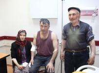 MURAT AYDıN - Kurt Köylülere Saldırdı Açıklaması 4 Yaralı