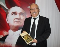 İMZA TÖRENİ - Şair İbrahim Coşar, 3. Şiir Kitabını Tanıttı