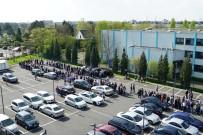 KİMLİK NUMARASI - Türk Seçmenlerden Almanya'da Referandum Kuyruğu