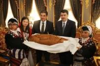 TEVFIK GÖKSU - Barış Çocuklarından Vali Şahin'e Barış Ekmeği