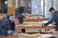 DÖNER SERMAYE - Bu Okulu Bitiren İşsiz Kalmıyor