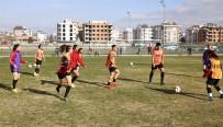 HÜSEYIN TÜRK - Döşemealtı Kadın Futbol Takımı, Beşiktaş İle Karşılaşacak