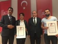 İSTANBUL ÜNIVERSITESI - Gazeteci Adayları Sertifikalarını Aldı