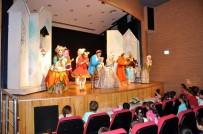 ÇOCUK OYUNU - 'Karlar Ülkesi' Tiyatro Oyunu Aydın'da