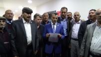 AK PARTİ GENEL MERKEZİ - Muhtarlar Derneği Vali Musa Işın'a Destek Çıktı