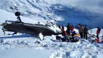 POLİS HELİKOPTERİ - 12 Şehit Verilen Helikopterin Enkazı Kaldırıldı