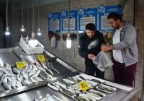 YASAKLAR - Av Yasağı Balık Fiyatlarını Yükseltti