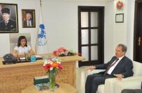 Başkan Akkaya, Koltuğunu İlkokul Öğrencisine Devretti