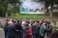 ŞEYH EDEBALI - Bin Üniversite Öğrencisi Bilecik Şeyh Edebali Türbesinde