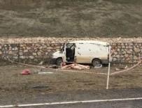 İSMET YıLMAZ - Denizli'de trafik kazası: 1 ölü, 2 yaralı