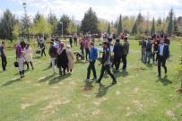 SINAV STRESİ - Gençler, Geleneksel Spor Dallarıyla Eğlendi