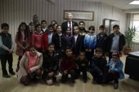 YEREL YÖNETİMLER - İlkokul Öğrencileri Başkanvekili Özak'ı Ziyaret Etti