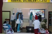 ÇOCUK TİYATROSU - Liselilerden Minik Öğrencilere Tiyatro Gösterisi