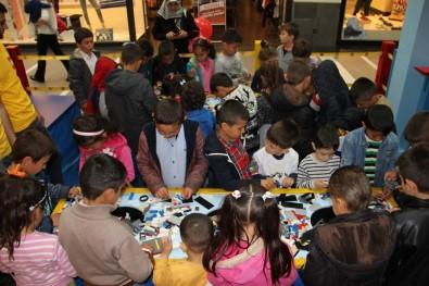 Peliatalanlı Öğrenciler Forum Magnesia'da Lego İle Tanıştı
