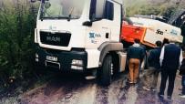Şarampole Kayan Tır, Yolu Ulaşıma Kapattı