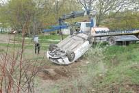 Tokat'ta Otomobil Tarlaya Uçtu Açıklaması 1 Yaralı