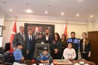HELIKOPTER - Tunceli'de Engelli Çocuklar, Emniyet Müdürünü Ziyaret Etti