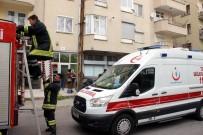 Üzerine Asansör Düşen İşçi Yaralandı