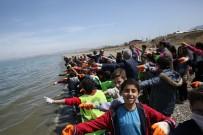 ÇEVRE TEMİZLİĞİ - Van Kültür Ve Turizm İl Müdürlüğünden Sahil Temizliği