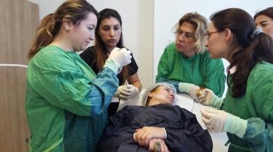 YDÜ 'Kozmetik Dermatoloji Çalıştayı' Gerçekleştirildi