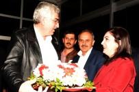 RECEP AKDAĞ - AK Parti Erzurum İl Başkanı Mehmet Emin Öz Açıklaması 'Erzurumlu Hemşehrilerimizle İftihar Ediyoruz'