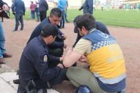 ARBEDE - Amatör Maçta Arbede Açıklaması 1 Polis Yaralandı