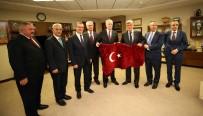 TÜRK DÜNYASI - Başkan Karaosmanoğlu Açıklaması 'OSB'ler Üretimin Kalbidir''