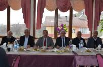 Belediyeden Emekli Olan Personele Veda Yemeği
