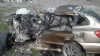 TIR ŞOFÖRÜ - Erzurum'da Otomobil İle Tır Çarpıştı: 2 Ölü, 1 Yaralı
