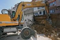 Konak'ta Çöken İstinat Duvarı Yapılıyor