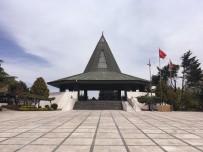 Merhum Başbakan Adnan Menderes'in Anıtmezarında Bakım Çalışması Yapıldı