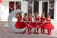 İNGILIZCE - Minik Çocukların 23 Nisan Coşkusu
