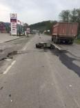 JANDARMA - Motosiklet İle Otomobil Çarpıştı Açıklaması 1 Yaralı