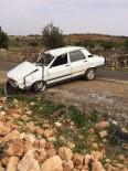 ALİ ŞAHİN - Mucura Kapılan Otomobil Takla Attı Açıklaması 3 Yaralı