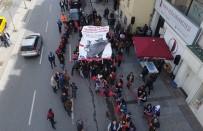 İNSAN ZİNCİRİ - Şişli'de 23 Nisan Çocuk Zinciri Havadan Görüntülendi