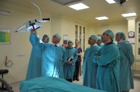 AMELİYATHANE - Rektör Bilgiç Hastaneyi İnceledi